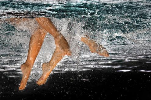 Обои Ножки девушек под водой, by SAMLIM
