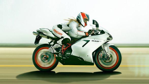 ���� ������� ������ �� ���������� ��������� ������ / Ducati