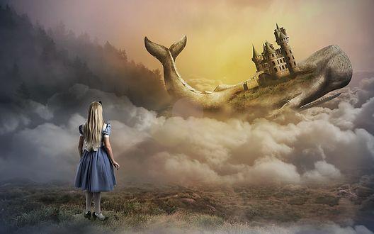 Обои Длинноволосая девочка в голубом платье смотрит на кита с замком на спине плывущего в облаках