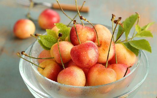Красные яблоки обои для рабочего стола 4