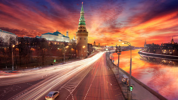 Обои Огни магистрали, вечерняя Москва, Россия
