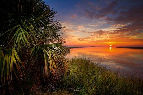 Обои Рассвет на озере