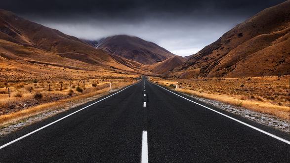 Обои Дорога ведущая в горы