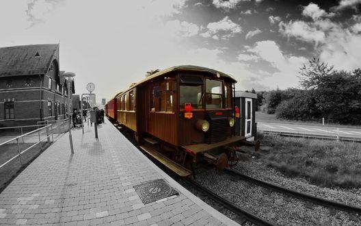Обои Фото поезда на станции