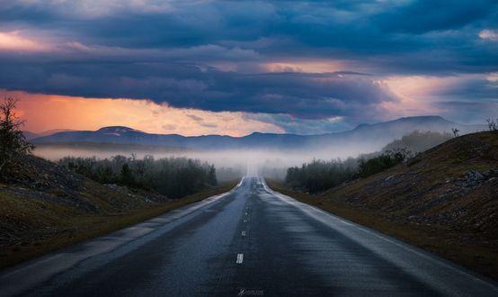 Обои Закат в Лапландии где-то около границы Finland and Norway / Финляндии и Норвегии, фотограф Lauri Lohi