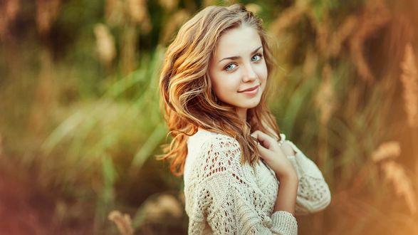 Девушка оч красивая