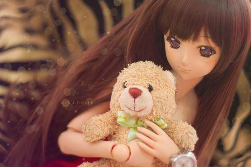 Обои Девушка кукла с мишкой в руках, by RJDolls