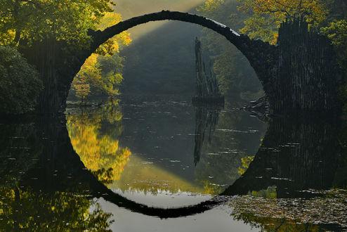 Обои Девилс мост / Rakotzbrucke в Германии, фотограф Ян Симински