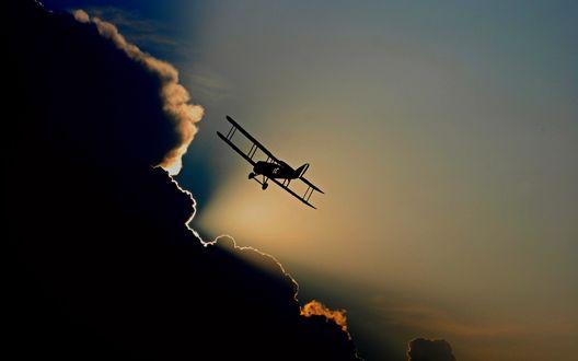 Обои Самолет в небе с облаком