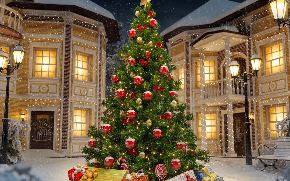 Обои Нарядная елка с игрушками и подарками среди домов во ...