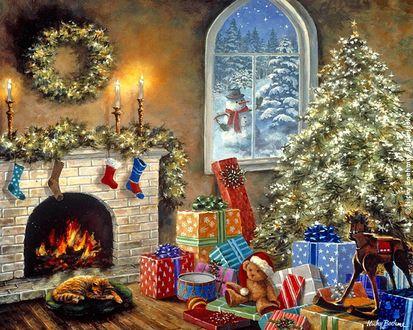 Обои Возле камина елка, игрушки и кот ждут хозяев в Рождество