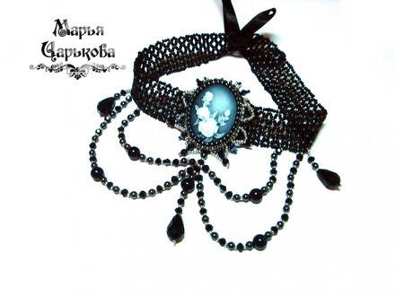 Обои Готическое ожерелье с белой розой на голубом фоне, by Марья Царькова