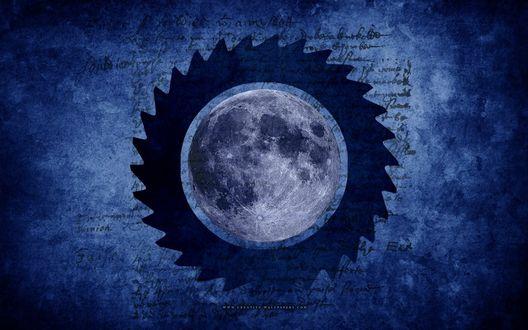 Обои Луна в шипованном ободке на синем фоне