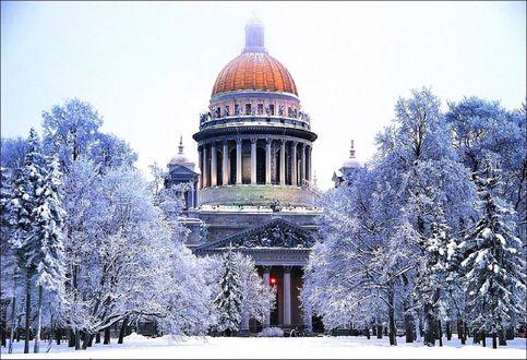 Обои Исаакиевский собор в Питере зимой