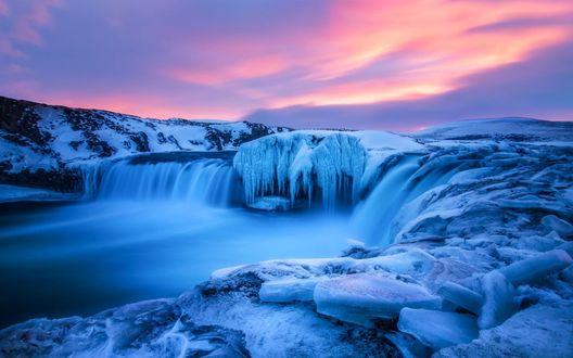 Обои Голубые льды под розовым небом, фотограф Daniel Herr