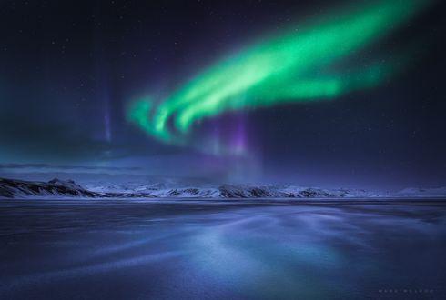 Обои Северное сияние в ночном небе