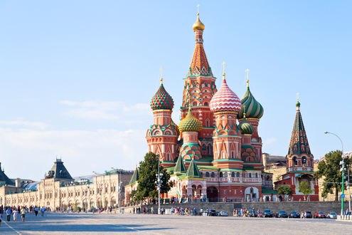 Обои Saint Basils Cathedral / Храм Василия Блаженного под голубым небом, Moscow / Москва