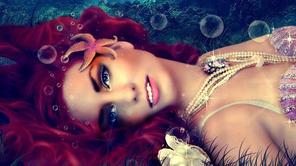 Обои Девушка в образе русалки, с жемчужными украшениями на шее и морской звездой в волосах