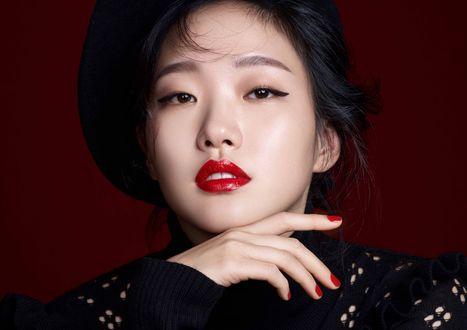 Обои Южнокорейская актриса Kim Go Eun / Ким Го Ын, Фотосессия для журнала Cosmopolitan