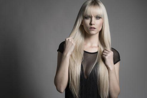 Обои Miriam модель блондинка
