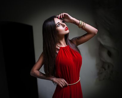 Обои Модель Diana Melison / Диана Мелисон в красном платье