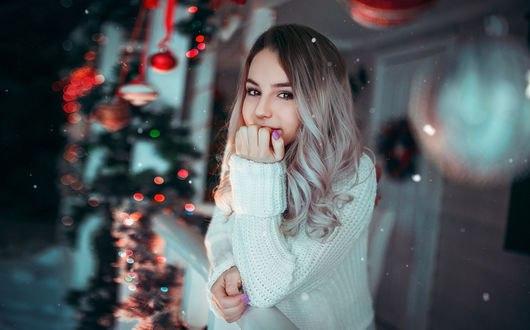 Обои Симпатичная девушка Марьяна Рожкова