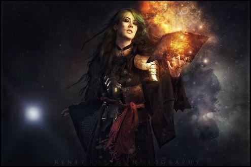Обои Девушка с волшебной палочкой и горящей книгой в руках, by Renee Robyn