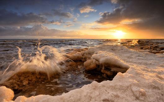 Обои Рассвет над морем, фотограф Алексей Мельситов