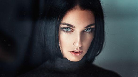 Обои Модель Алла с красивыми глазами. Фотограф Георгий Чернядьев