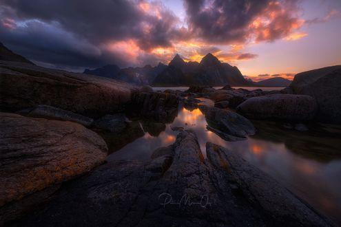 Обои Lofoten Islands in the north of Norway / Лофотенские острова на севере Норвегии, фотограф Patrick Marson Ong