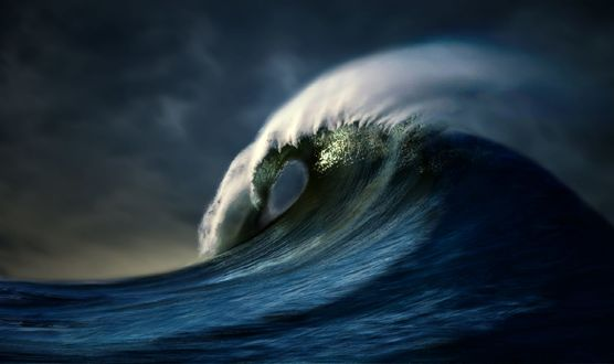Обои Большая морская волна, фотограф nikos Bantouvakis