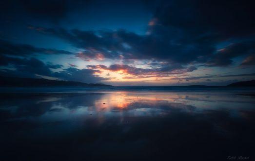 Обои Небо с облаками и его отражение в воде, фотограф Tubb Meiko