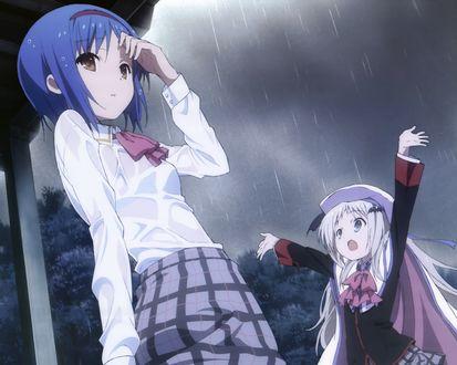 Обои Две девушки под дождем