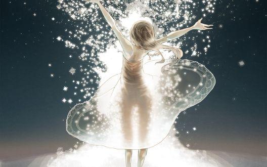 Обои Девушка в прозрачном платье с поднятыми руками вверх стоит на фоне яркого света из звезд, by Mizutamari Tori