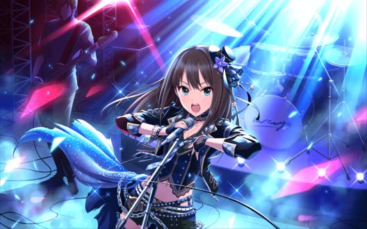 Обои Рин Сибуя / Шибуя / Shibuya Rin из аниме Идолмастер: Девушки-Золушки / Idolmaster / THE iDOLM@STER: Cinderella Girls поет на сцене