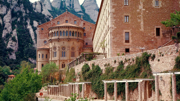 Обои Крепость, горы, зелень. Испания