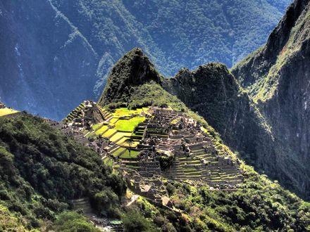 Обои Горные вершины, поросшие лесом и руины, Machu Pichu, Peru