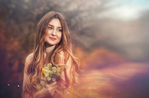 Обои Девушка с цветами в руках, фотограф Вадим Мельник