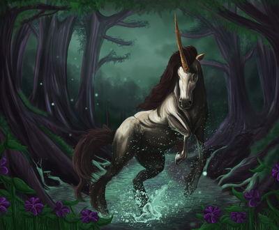 Обои Единорог в волшебном лесу