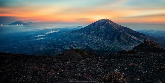 Обои Вид с вулкана Мерапи, Indonesia / Индонезия, by Manjik photography