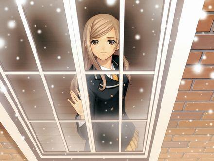 Обои Тока Курэха / Touka Kureha из аниме Сверкающие слезы и ветер / Shining Tears X Wind любуется снегопадом из окна