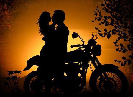 Обои Силуэт парня и девушки, стоящих у мотоцикла, автор Серега Сергеев