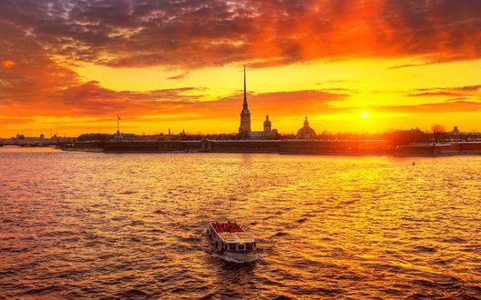Обои Вид на Петропавловскую крепость, Санкт-Петербург