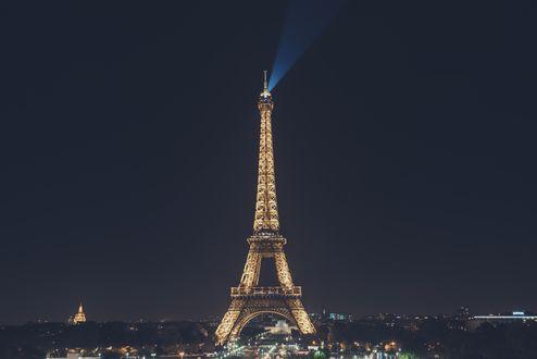 Обои Эйфелева башня ночью, Париж, Франция