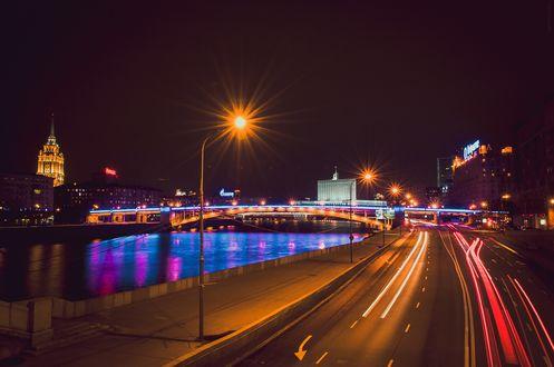 Обои Набережная, ночная Москва