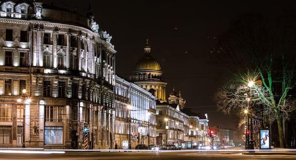 Обои Ночная подсветка на улице Санкт-Петербурга