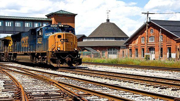 Обои Поезд в городе Мартинсберг