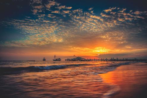 Обои Закат над морским побережьем, фотограф Руслан Болгов - Axe