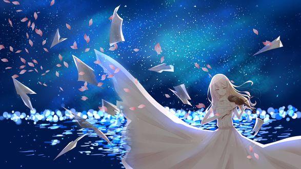 Обои Каори Миязоно / Kaori Miyazono из аниме Твоя апрельская ложь / Shigatsu wa Kimi no Uso, играет на скрипке, вокруг нее летают бумажные самолетики и лепестки цветов