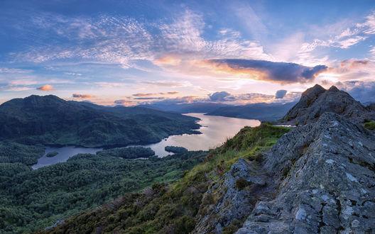 Обои Озеро Лох-Катрин / Loch Katrine в Шотландии, Великобритания / Соединенное Королевство / Scotland, Great Britain / United Kingdom